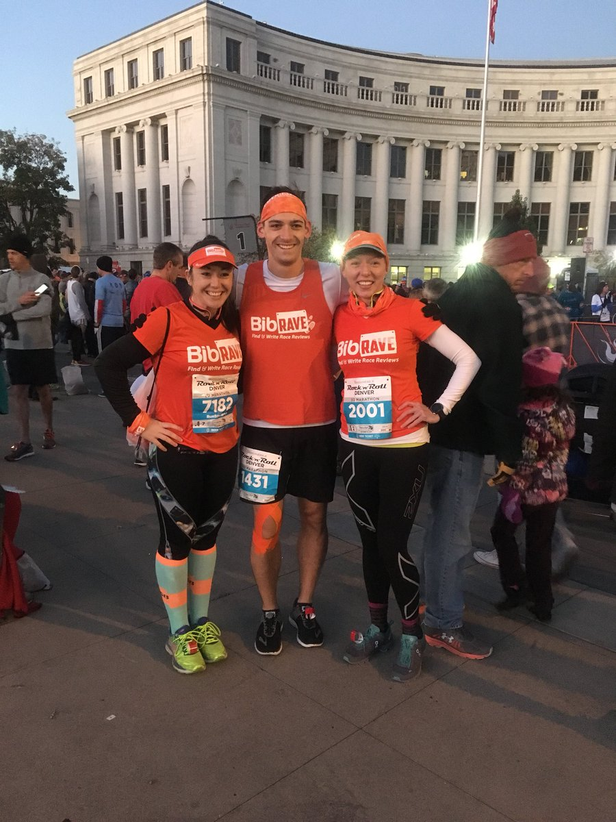 Had an awesome time running the @RunRocknRoll half marathon with @runstrongrun & @MagicofRunning #bibchat #rnrdenver https://t.co/7uxvBBhjsh