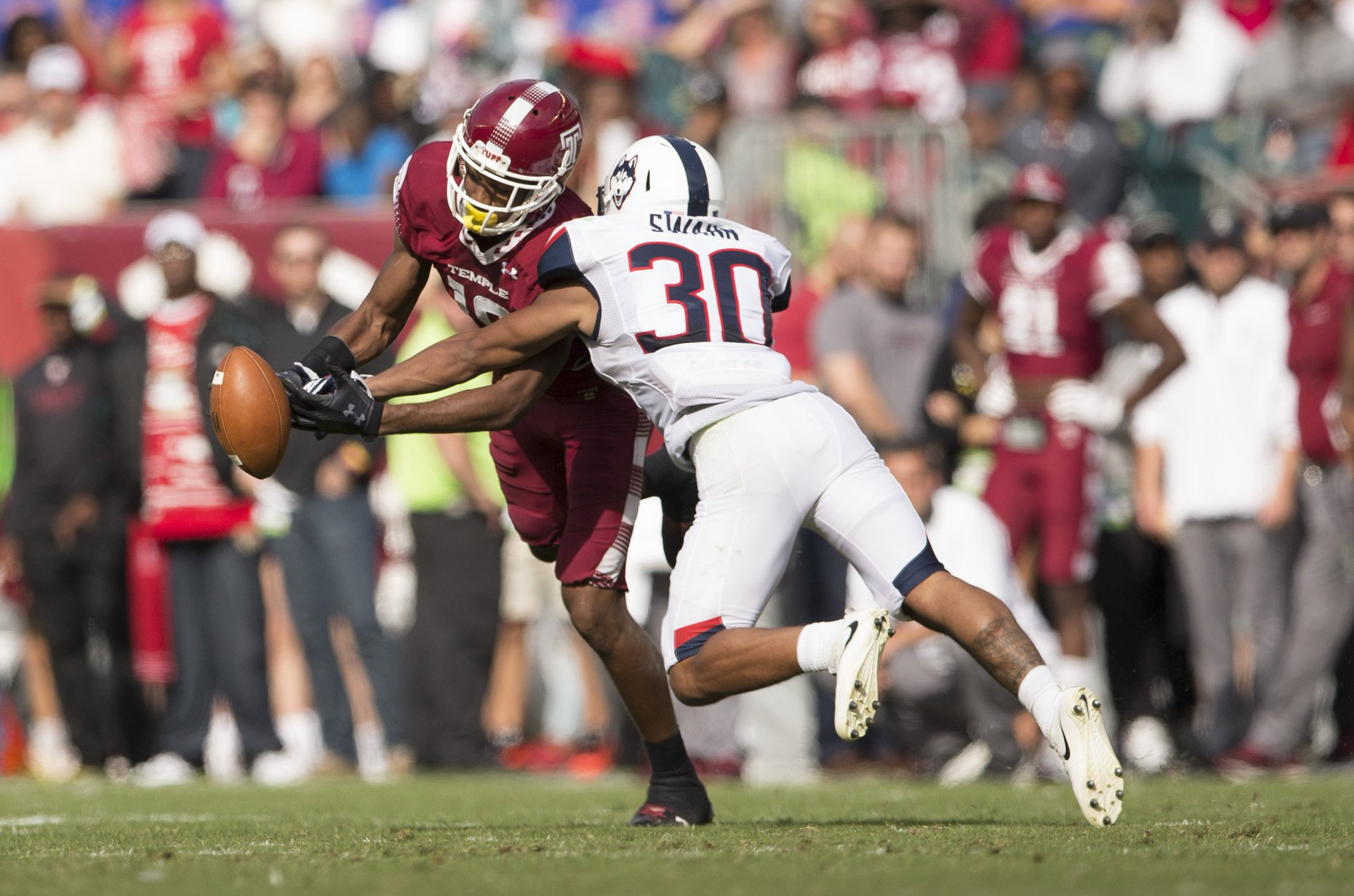 Can @Temple_FB save its season, get bowl eligible after suffering ugly fourth loss? https://t.co/iyJn8vhTfI https://t.co/fr7NTZVcDQ