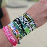 Pourquoi ne faut-il plus garder ses bracelets de festival ?