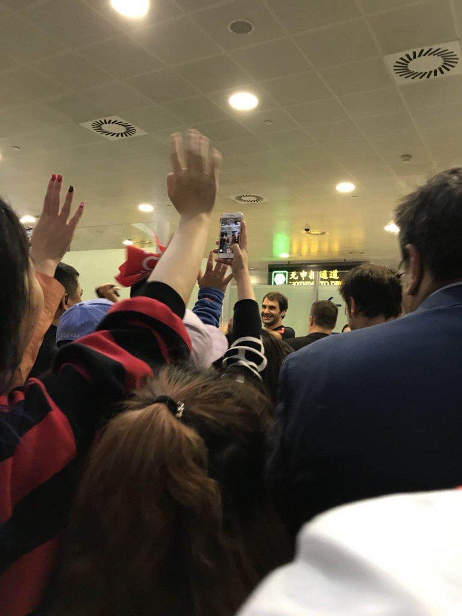 RT @Scarlett_Li: Bye Roger! This is a peRFect week in Shanghai for you! 👏🏼👏🏼👏🏼#Federer #SHRolexMasters https://t.co/mfdjfBbgyg