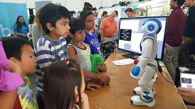 Robots Take Over Boston's City Hall Plaza At TechEvent