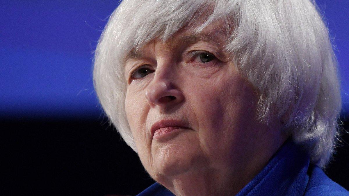 Gradual rate hikes should help sustain economic growth, Yellen says