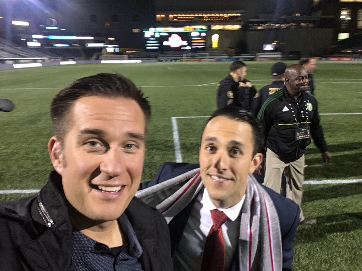 RT @NickKrupke: Couple of dudes in makeup ready to kickoff @ThornsFC Championship Rally at 7:50 on KPDX https://t.co/zjkH1cpUfY