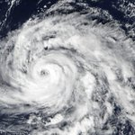 Major Atlantic storm approaches UK, Ireland