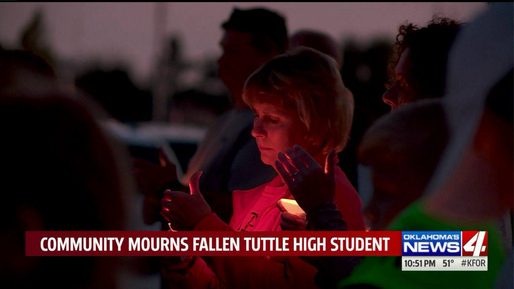 Oklahoma town holds memorial for teen killed in ATVaccident