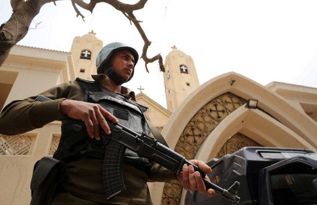 Militants rob bank, attack church in Egypt's Sinai, 6 dead