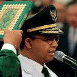 "Jakarta governor sworn in amid calls from hardliners for ""Islamic lifestyle"""