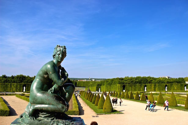 The Gardens of #Versailles #France ~ Click for more ->> https://t.co/wdWbJcyA4I  ...