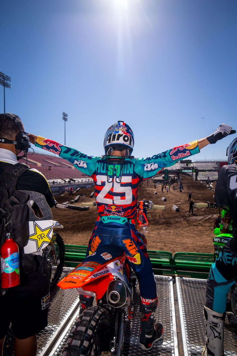 RT @ProMotocross: Probably how Marv feels this morning 🕺 Congrats @MarvinMusquin25 on an impressive MEC performance! https://t.co/LUwVvGV9DO
