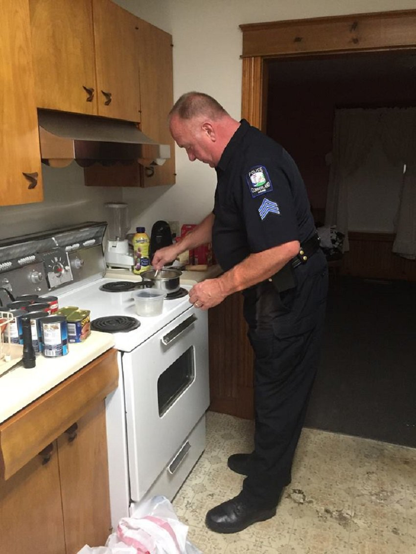 Social media approves of Maine police officer-turned-cook