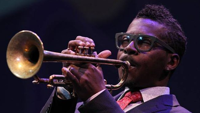 "Happy birthday ROY HARGROVE! ""Listen Here\"" (Strength/2004)"