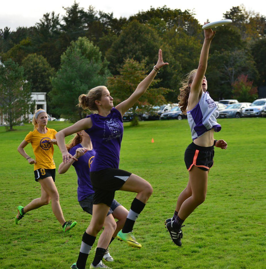 test Twitter Media - Williams' ultimate frisbee teams are gearing up for the spring season! Thanks to @koralesky for pics from Purple Valley tournament! https://t.co/Vz9o47qh3B