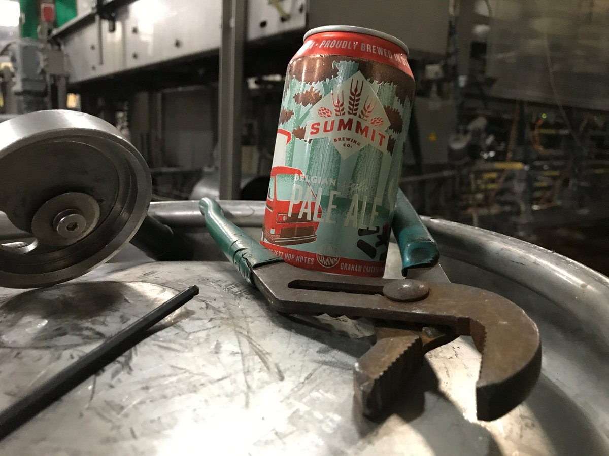 Back off, Monday. You will pry this beer from our cold, dead hands. https://t.co/DMWyqCRQpB https://t.co/fDVAnS0XZk