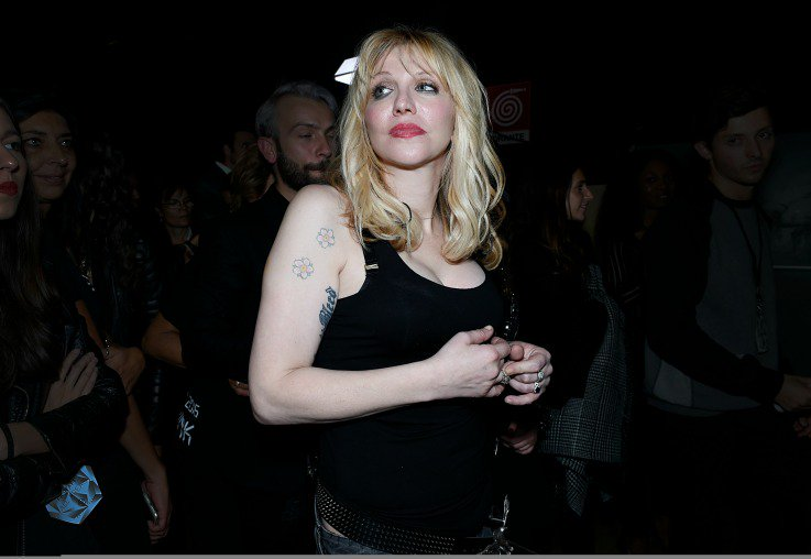Courtney Love warned young girls in Hollywood to avoid meeting with Harvey Weinstein
