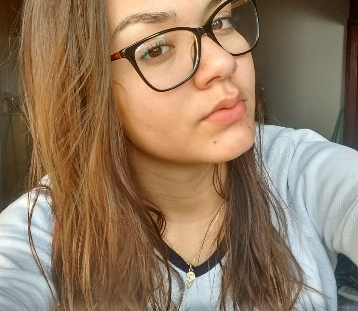RT @purposegirI: My name is Liv and i'm 16 years Old. Brazil misses You 🇧🇷 Come back soon @Nashgrier  #SelfieForNash https://t.co/bs43RjwtwT