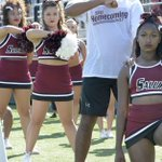 SIUC cheerleaders who took a knee during anthem say they are the targets of threats