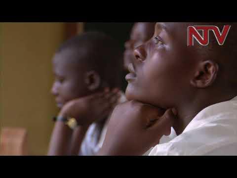 320,000 O'level candidates start final exams