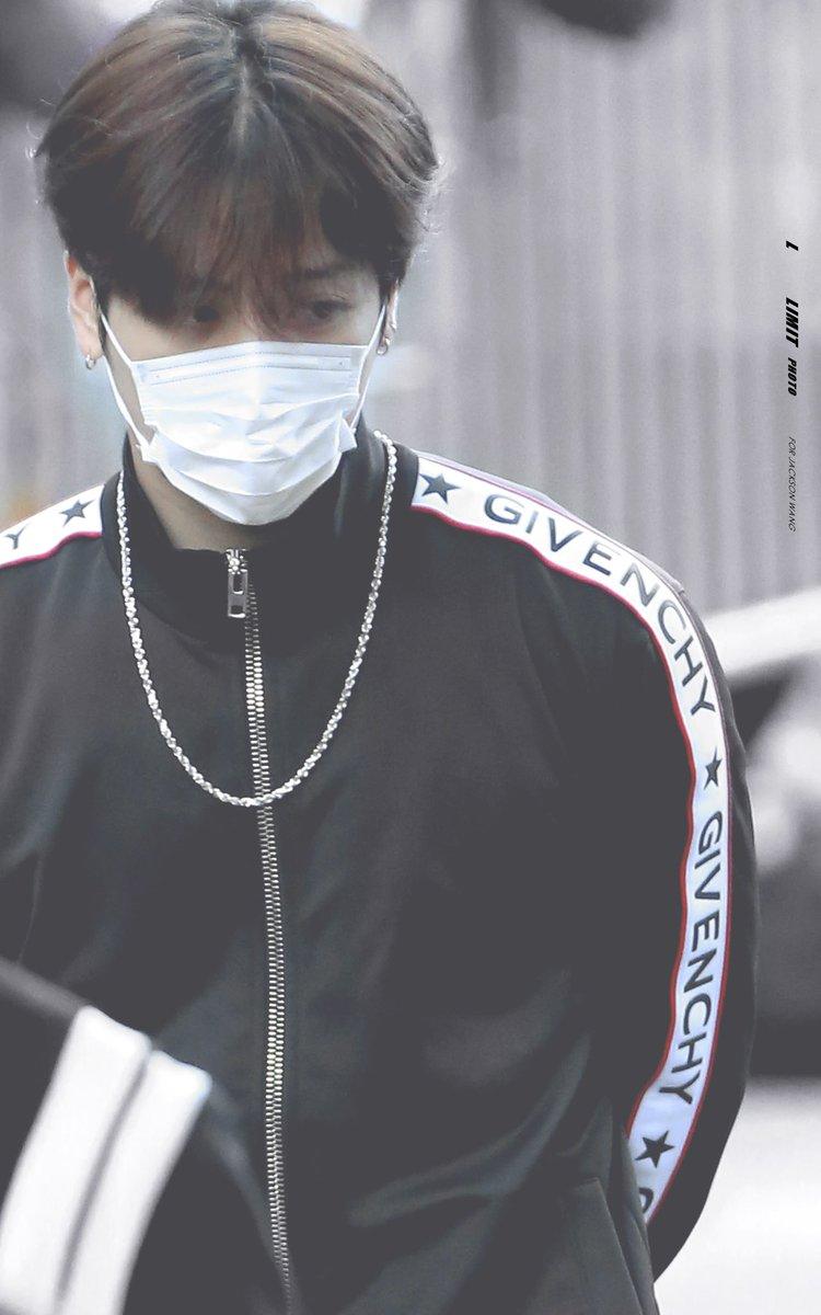 RT @Limit9394: 171013 Music Bank #JacksonWang #GOT7 #잭슨 #갓세븐 #王嘉尔 #왕가이 https://t.co/BJwfBK4DLA
