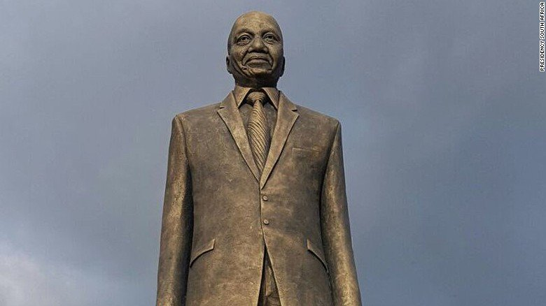 Nigerians are wondering why Jacob Zuma now has a statue in their country https://t.co/2GsQYM4jLZ https://t.co/YZkCVdPXmw