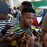Kaizer Chiefs have not had sleepless nights over Sundowns' Lebese' says Komphela