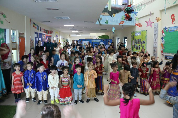 RT @EpsomCollegeMY: The Prep School had a wonderful #Diwali celebration today! https://t.co/pv9zOA7HCF