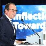Hollande alerte sur les politiques fiscales juste avant l'examen du budget Macron