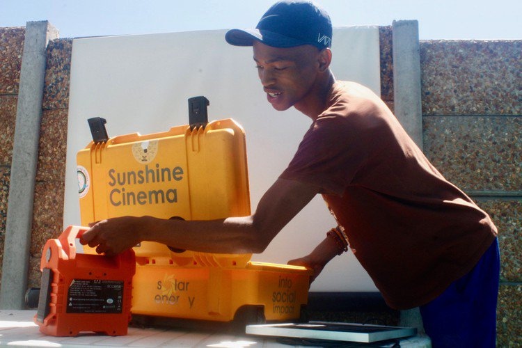 Pop-up Sunshine cinema for Khayelitsha