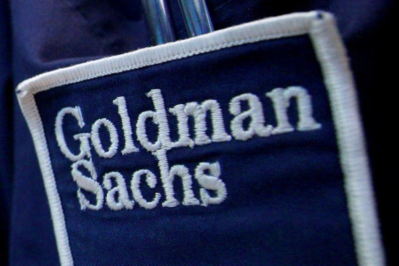 Goldman Sachs beats Wall Street as bond trading falls less than expected https://t.co/PtHLHbwhh5 https://t.co/zavjYQY3H6
