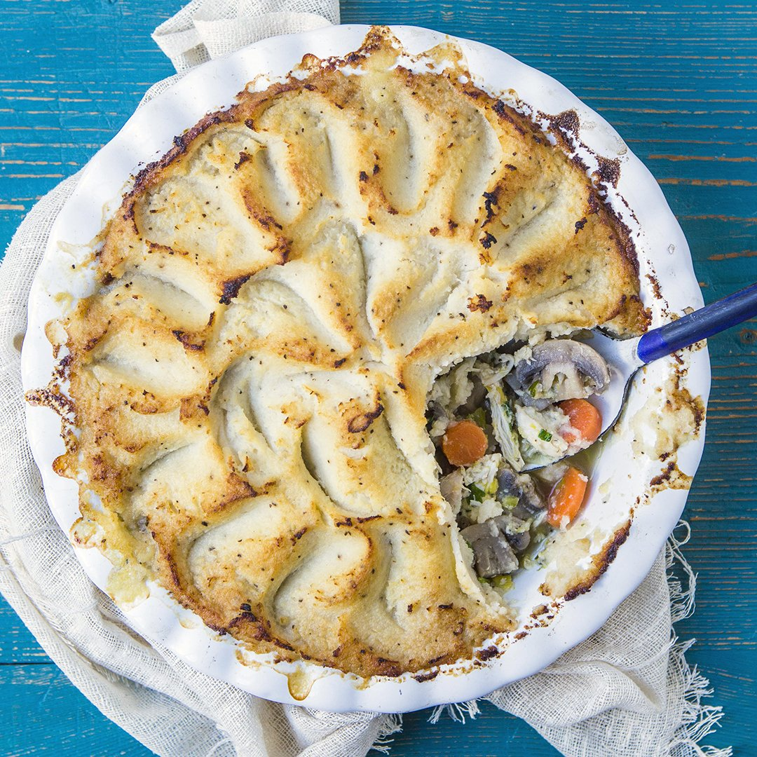 Chicken, leek and mushroom pie with cauliflower mash topping