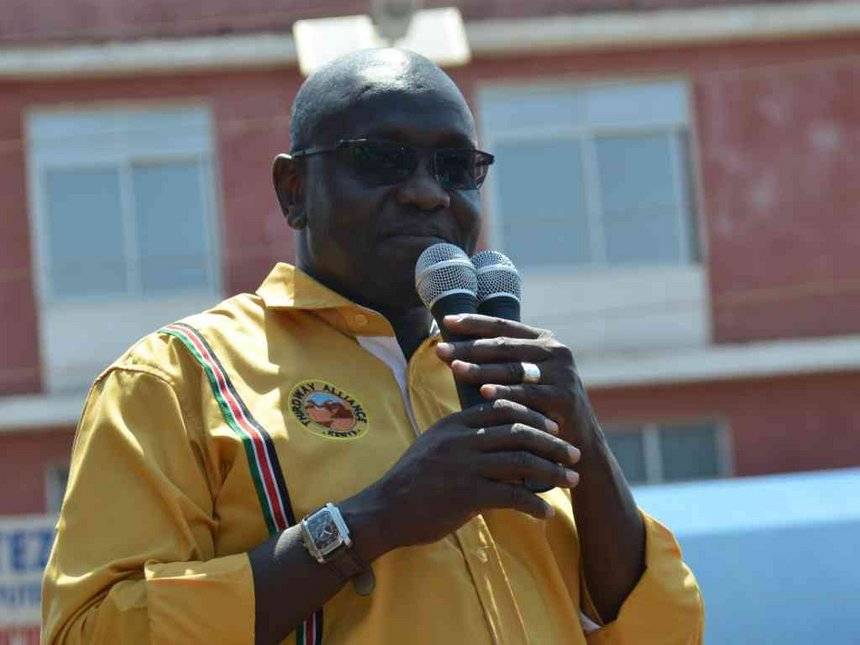 Endorse me so I can thrash Uhuru, Ekuru Aukot tells Raila