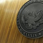 Big US stock exchanges ask SEC to hold off on fee cap plan