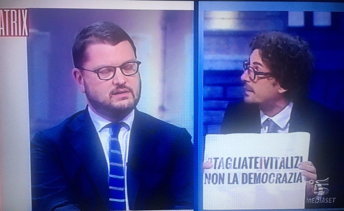 #TagliateIVitalizi