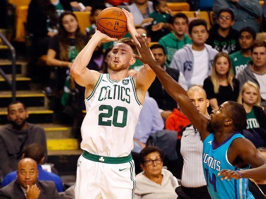 Boston Celtics forward Gordon Hayward suffers gruesome leg injury in season opener