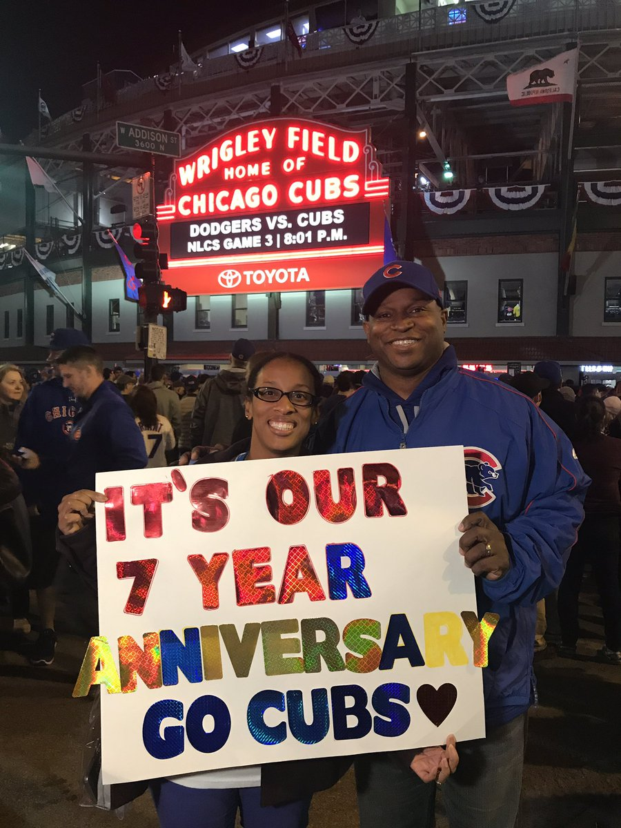 test Twitter Media - When it's your anniversary and your wife takes you to a Cubs playoff game, that's love!  And #ThatsCubs!!!❤️❤️❤️ #GoCubsGo https://t.co/rDGyLDRt36