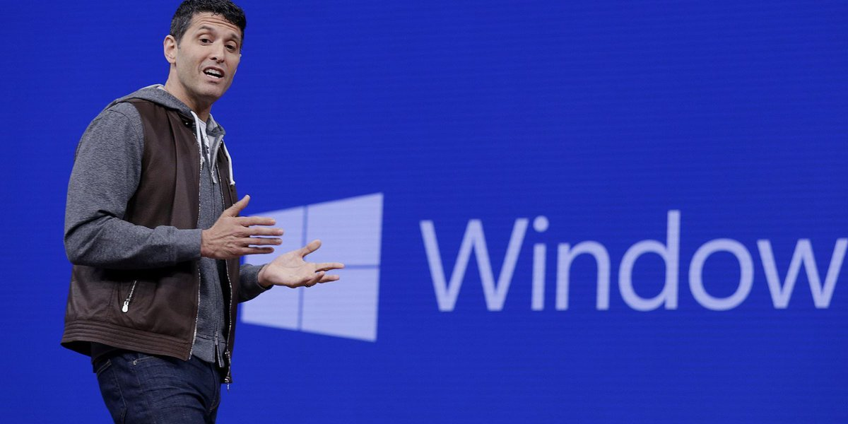 Microsoft Windows 10 update bets on bigger role for 3-D