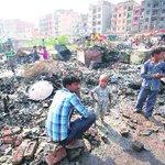 Over 400 homeless as fire guts slum cluster in BatlaHouse