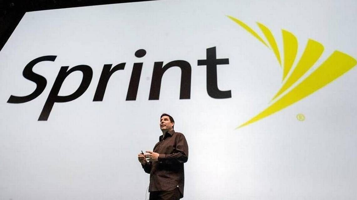 Sprint mum on merger plans as it gains customers but slips back into a financial loss