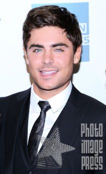 Happy Birthday Wishes going out to Zac Efron!!!