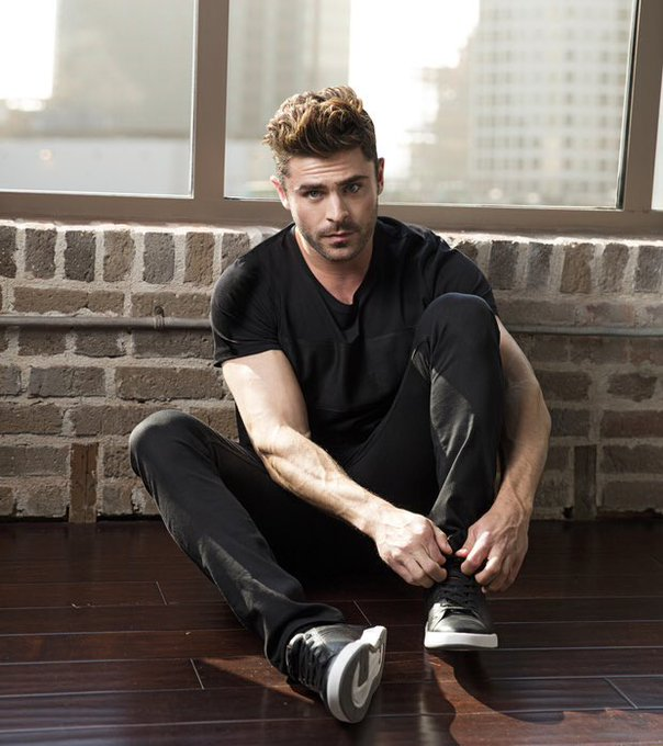 HAPPY BIRTHDAY TO MY ALL TIME CRUSH THE LOVE OF MY LIFE ZAC EFRON