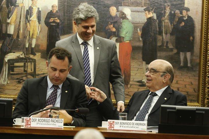 @BroadcastImagem: Após espera de quórum, CCJ retoma sessão para apreciar denúncia contra Temer. Dida Sampaio/Estadão