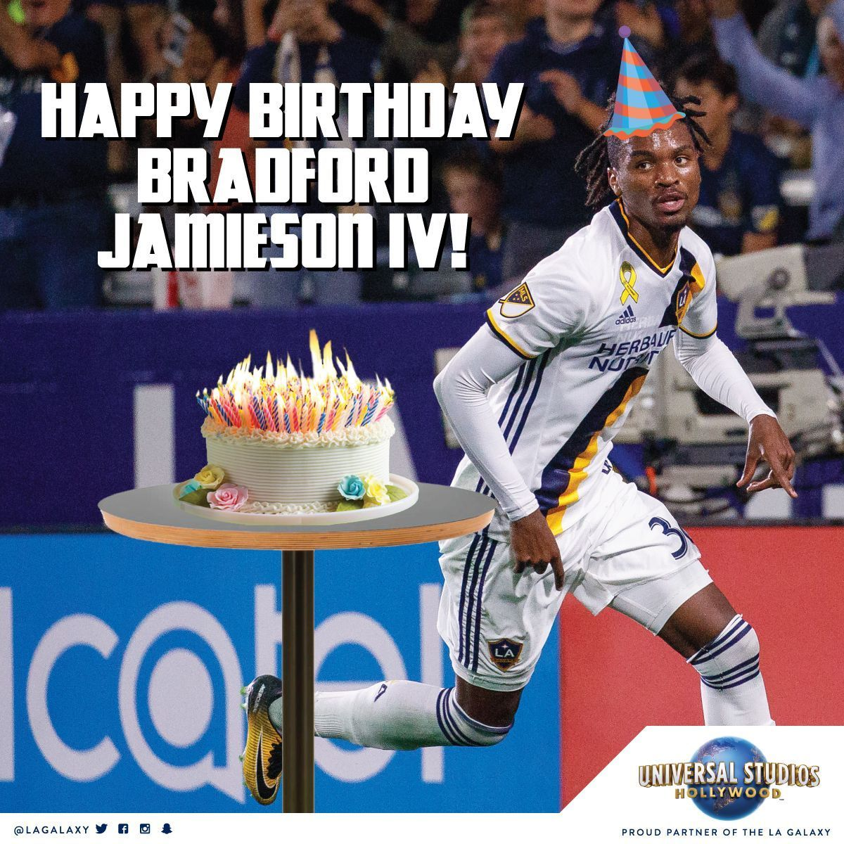 🎂 Happy Birthday to @brjIV from #LAGalaxy and @UniStudios! https://t.co/pQNBfCvFNl