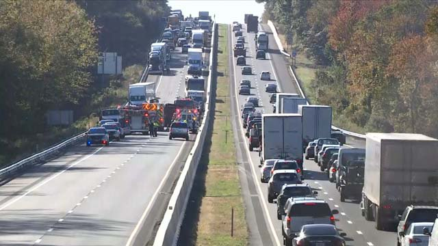 2 people killed in crash on I-95 north in Old Lyme