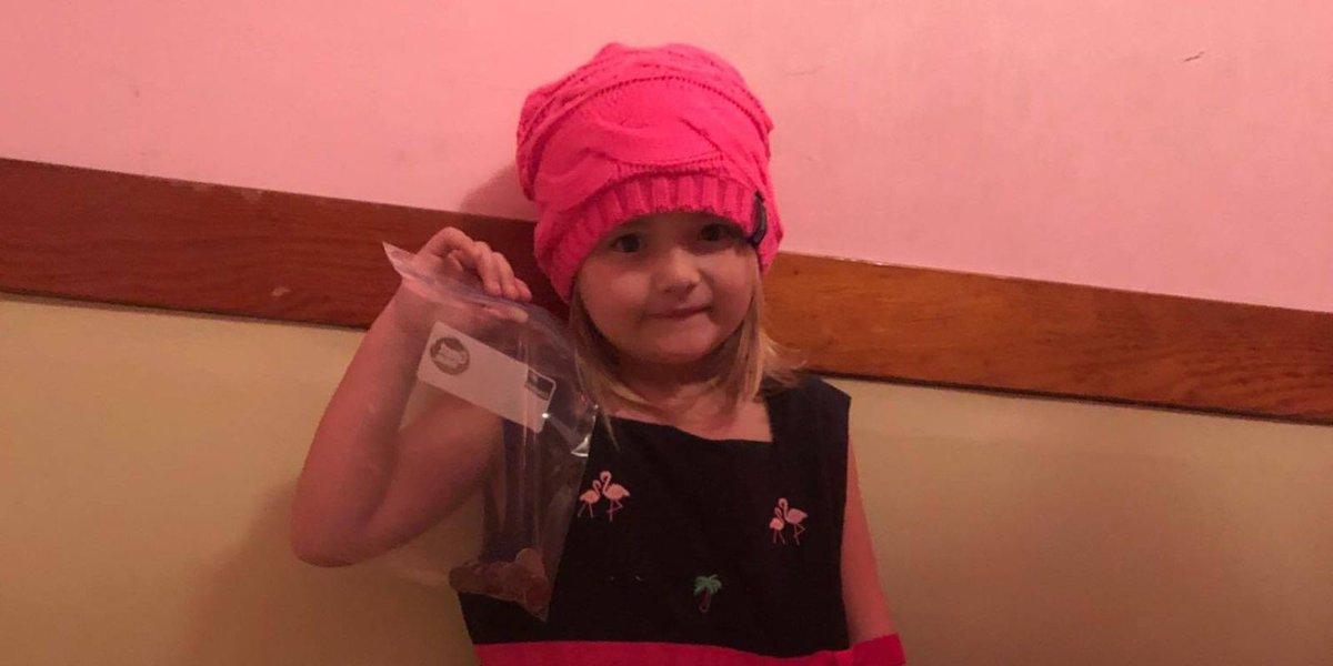 Little girl empties piggy bank to give classmate milk money