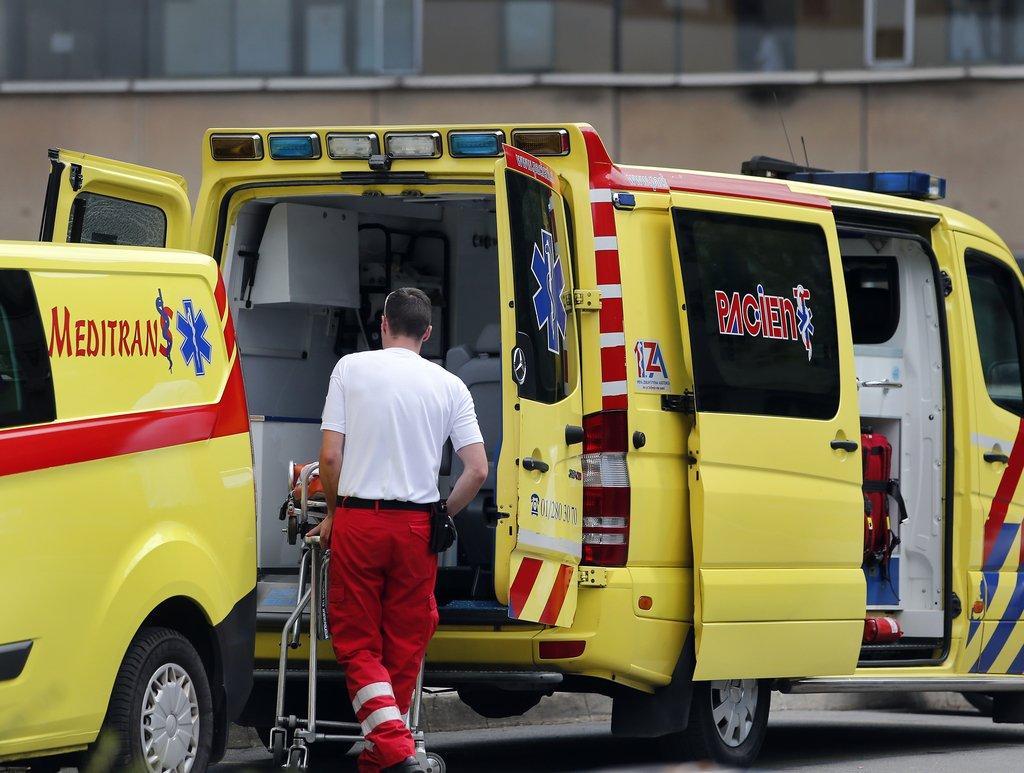 V nesreči pri Ljubljani umrl kolesar
