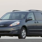 Toyota recalls 310,000 Sienna minivans over rollaway risk
