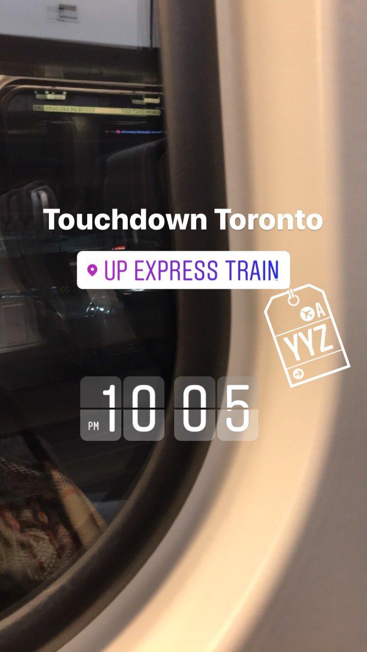 Riding subway. #TorontoAirport #terminal1 #FoodTravelChat ✈️���� https://t.co/H3O33usqde
