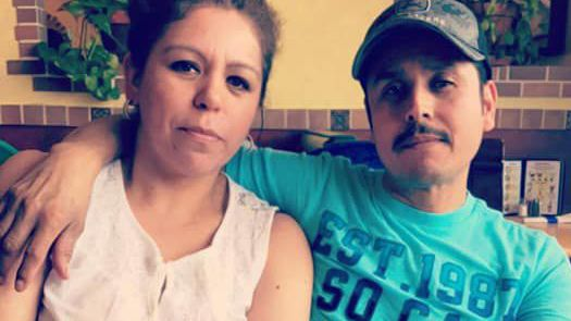 Family searches for relatives who went missing same day car submerged in river