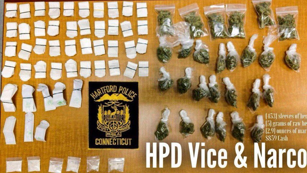 Hartford Cops Spot Disturbance, Find 453 Bags Of Heroin