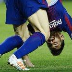 Messi tira pastilha de glicose da meia e toma durante o jogo; assista - Futebol