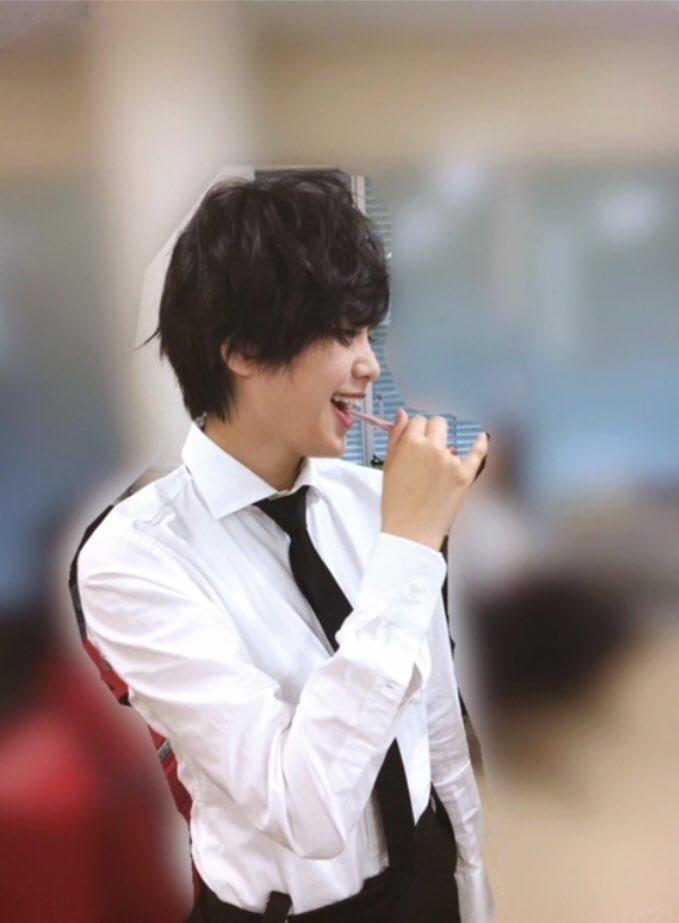 【欅坂46】スーツ姿の平手友梨奈がイケメンすぎる!長濱ねる絶賛 YouTube動画>2本 ->画像>118枚
